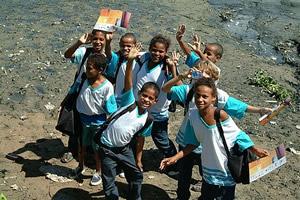 A alegria dos alunos na escola Novo Mangue. Foto Margi Moss