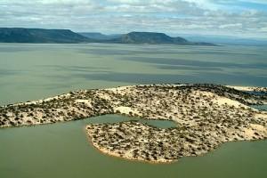 As ilhas de areia na represa de Sobradinho - Foto: Margi Moss