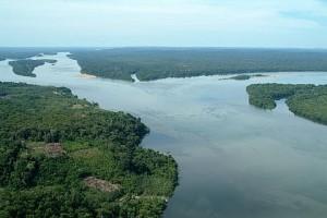 Nasce o rio Tapajós na confluência dos rios Teles Pires e Juruena - Foto: Margi Moss